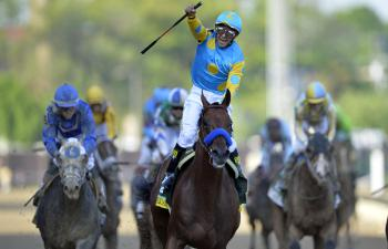 Victor Espinoza Triple Crown American Pharoah